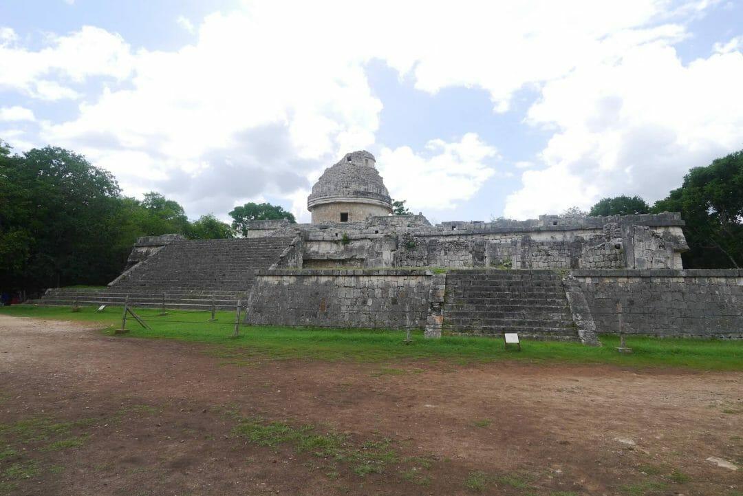 el caracol Chichen itza, mayan observatory chicken itza